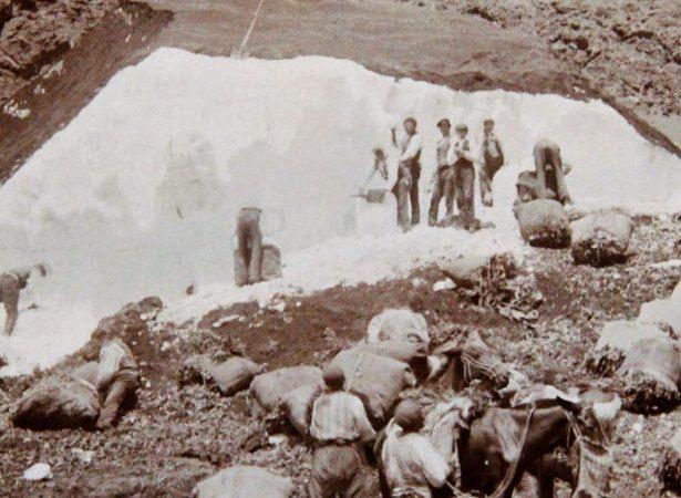 Neviere e Nevaroli – tradycja konserwowania śniegu na Sycylii.